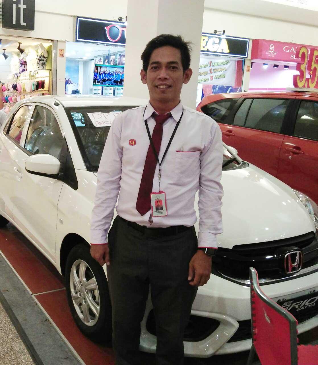 Sales Marketing Mobil Dealer Honda Irfan