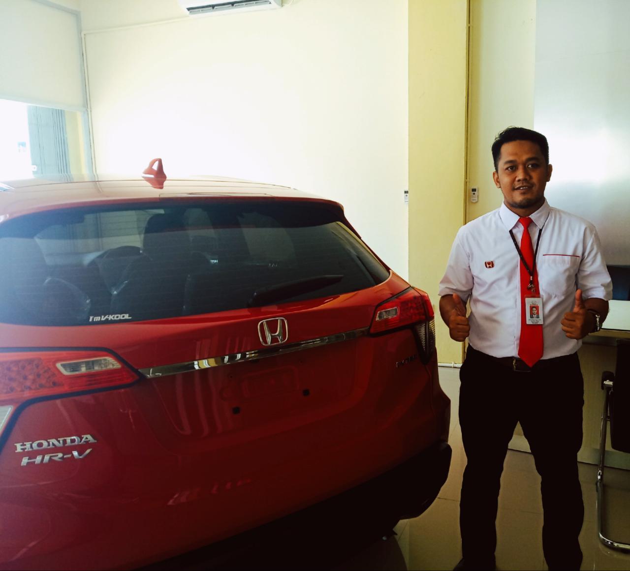 Sales Marketing Mobil Dealer Honda Wildan