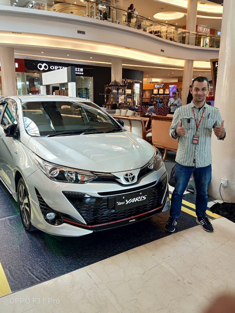 Sales Marketing Mobil Dealer Toyota Bayu