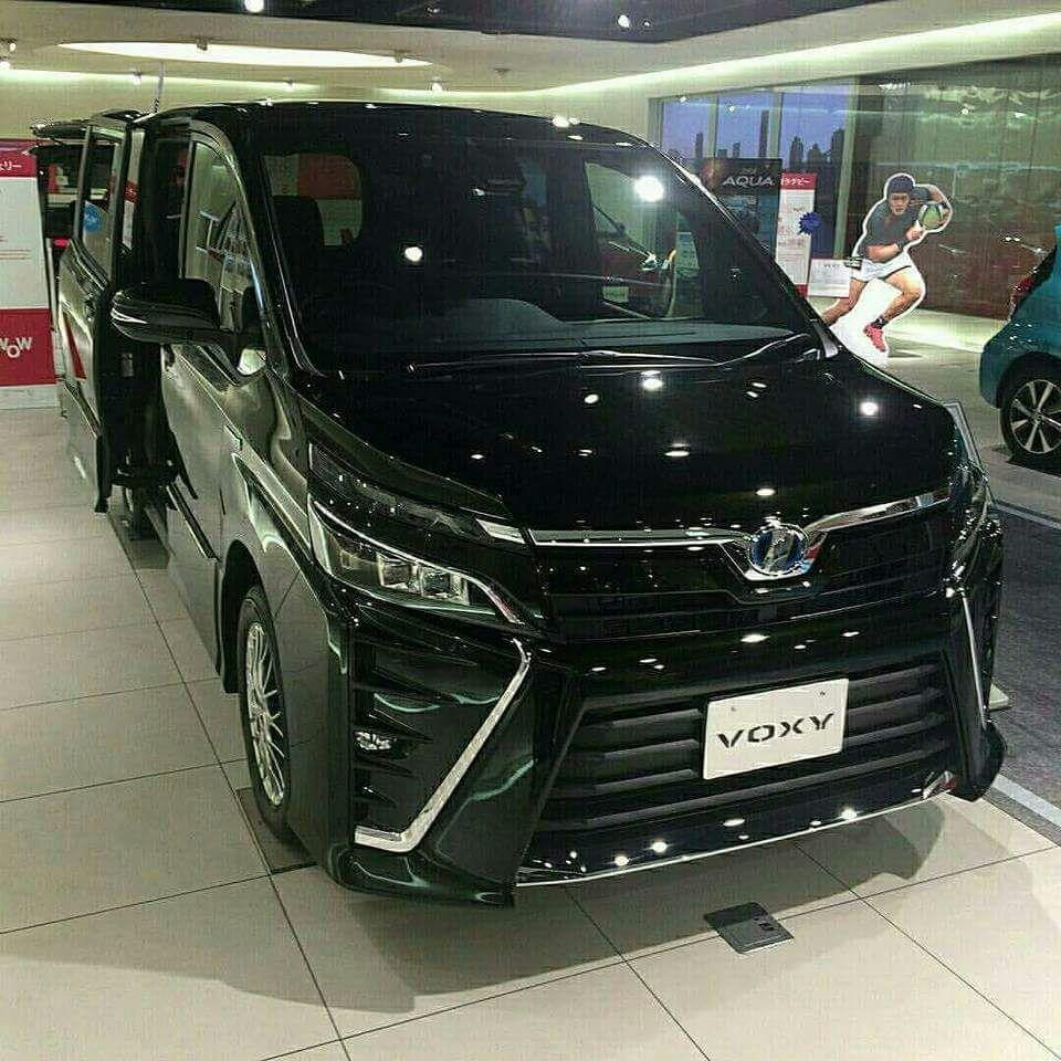 Toyota Voxy By Danu