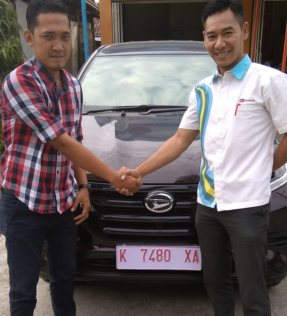 Sales Marketing Mobil Dealer Daihatsu Desse Agus