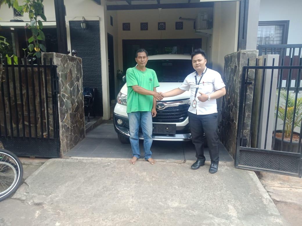 Sales Marketing Mobil Dealer Daihatsu Martin
